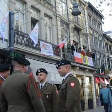 Obchody 75-lecia wyzwolenia Bredy na Cmentarzu Wojskowym oraz w centrum miasta.